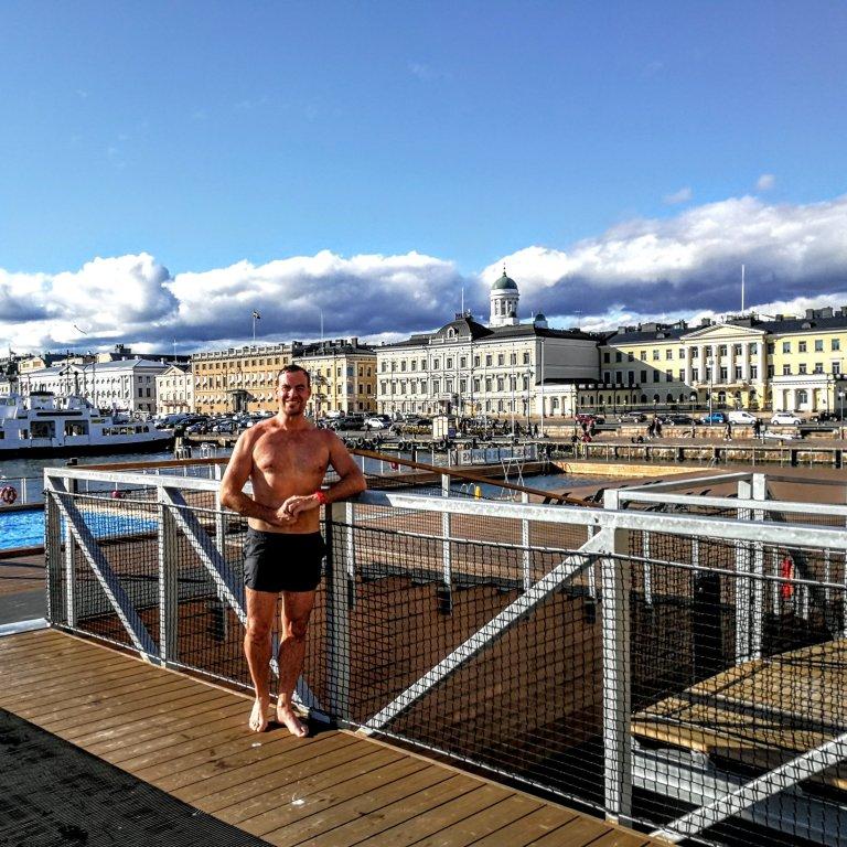 Allas Sea Pool sijaitsee Helsingin paraatipaikalla.